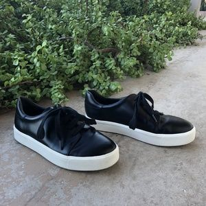 Vince Bale Black Leather Lace Up Sneakers